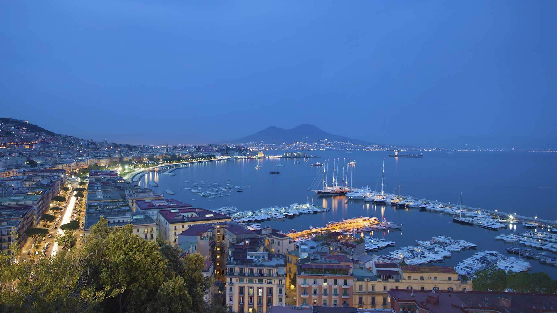 Pictures of naples photo gallery and movie of naples - Naples italy wallpaper ...