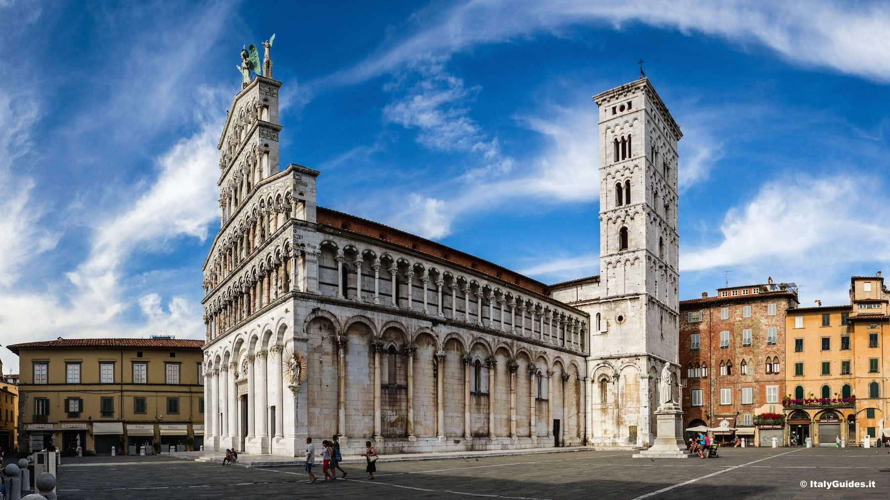 Pictures Of Lucca Photo Gallery And Movies Of Lucca Italy Italyguides It