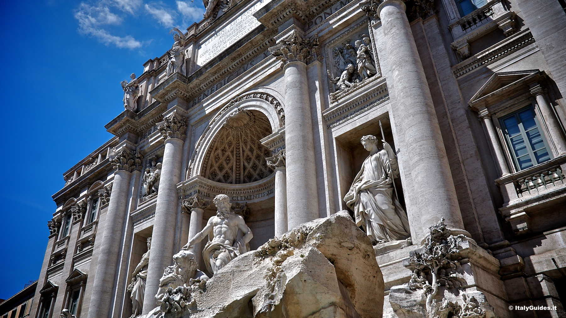 Pictures Of Trevi Fountain Rome Italy Italyguides It