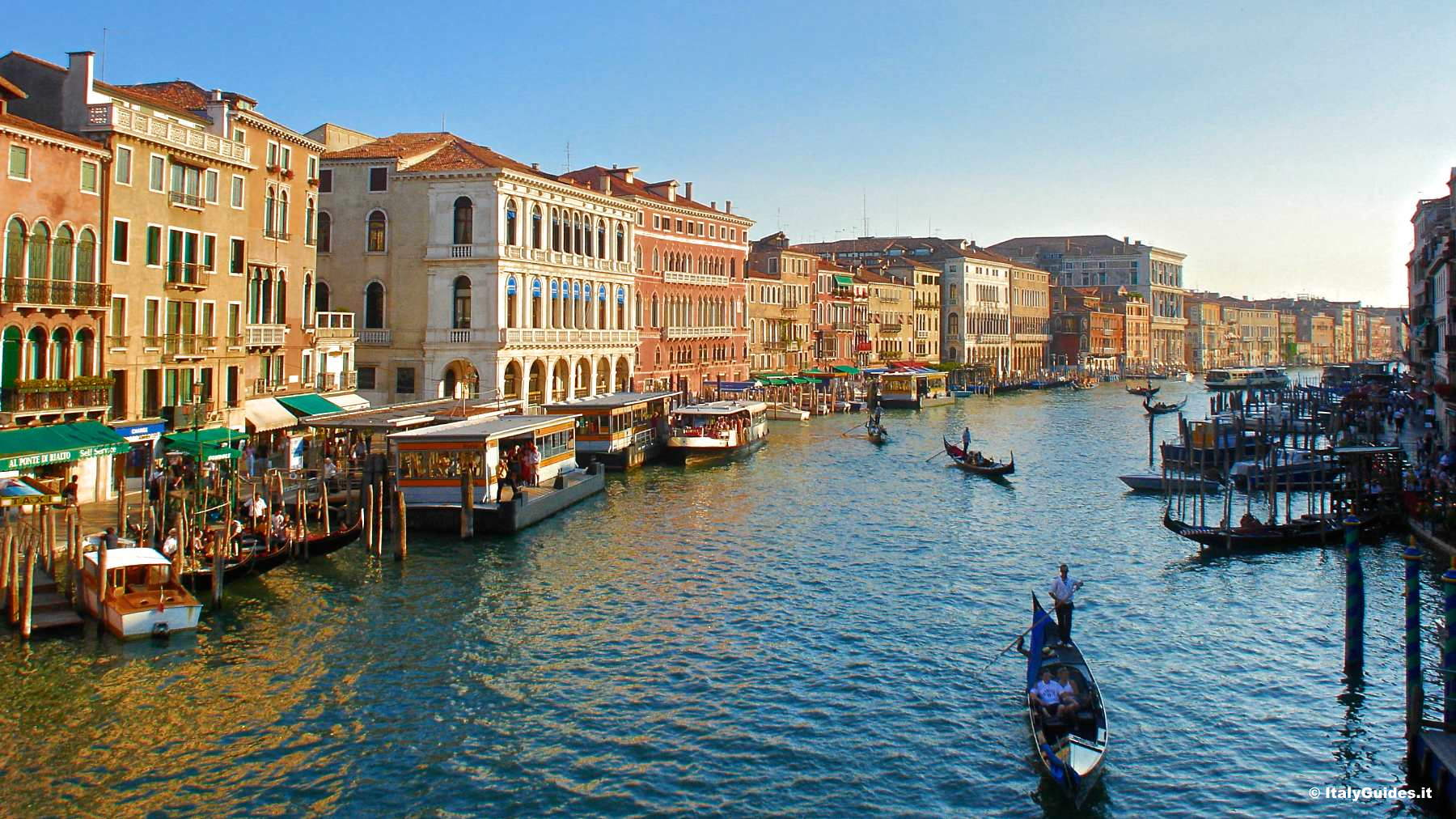 Rooms: Photo Gallery Of Venice, Italy
