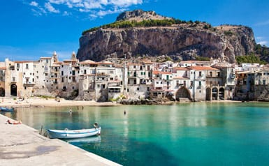 Travel guide to Cefalù, Italy
